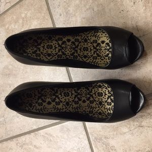 Black Aldo open toe heels